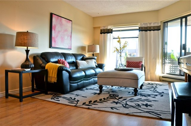 Photo 1: Photos: 305 1977 STEPHENS Street in Vancouver: Kitsilano Condo for sale (Vancouver West)  : MLS®# V922774