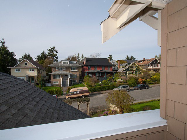 Photo 10: Photos: 2566 W 3RD Avenue in Vancouver: Kitsilano Townhouse for sale (Vancouver West)  : MLS®# V1058083