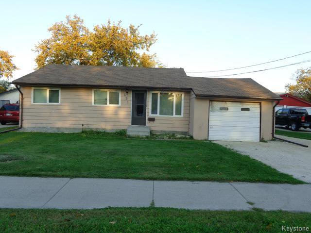 Main Photo: 691 Muriel Street in WINNIPEG: Westwood / Crestview Residential for sale (West Winnipeg)  : MLS®# 1424323