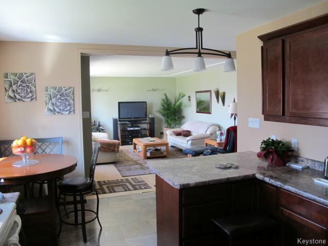 Photo 12: Photos:  in WINNIPEG: North Kildonan Residential for sale (North East Winnipeg)  : MLS®# 1511206