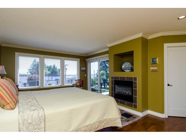 "Photo 15: Photos: 1159 BALSAM Street: White Rock House for sale in ""UPPER EAST BEACH"" (South Surrey White Rock)  : MLS®# F1445609"