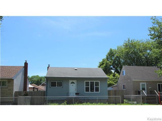 Main Photo: 1262 Logan Avenue in Winnipeg: Brooklands / Weston Residential for sale (West Winnipeg)  : MLS®# 1617354