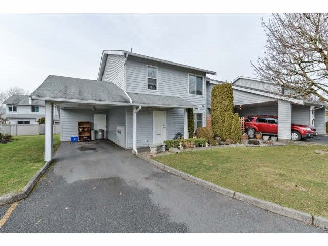 """Main Photo: 46 26970 32 Avenue in Langley: Aldergrove Langley Townhouse for sale in """"PARKSIDE"""" : MLS®# R2096408"""