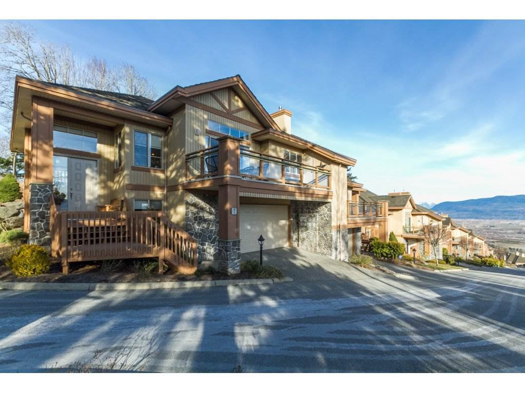 "Main Photo: 1 35931 EMPRESS Drive in Abbotsford: Abbotsford East Townhouse for sale in ""MAJESTIC RIDGE"" : MLS®# R2137226"