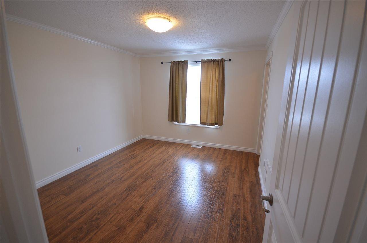 Photo 8: Photos: 11407 89A Street in Fort St. John: Fort St. John - City NE House 1/2 Duplex for sale (Fort St. John (Zone 60))  : MLS®# R2143713