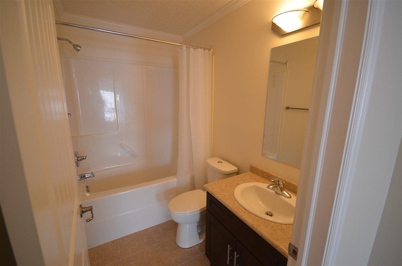 Photo 7: Photos: 11407 89A Street in Fort St. John: Fort St. John - City NE House 1/2 Duplex for sale (Fort St. John (Zone 60))  : MLS®# R2143713