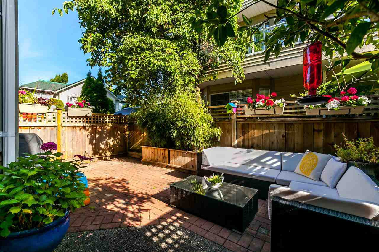 "Photo 9: Photos: 20 828 W 16TH Street in North Vancouver: Hamilton Townhouse for sale in ""Hamilton Court"" : MLS®# R2191452"