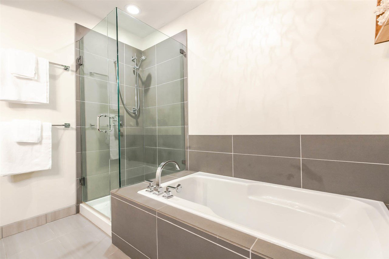 "Photo 14: Photos: 20 828 W 16TH Street in North Vancouver: Hamilton Townhouse for sale in ""Hamilton Court"" : MLS®# R2191452"