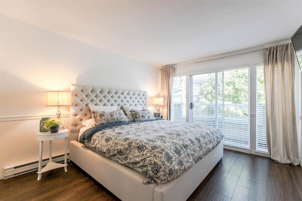 "Photo 11: Photos: 20 828 W 16TH Street in North Vancouver: Hamilton Townhouse for sale in ""Hamilton Court"" : MLS®# R2191452"