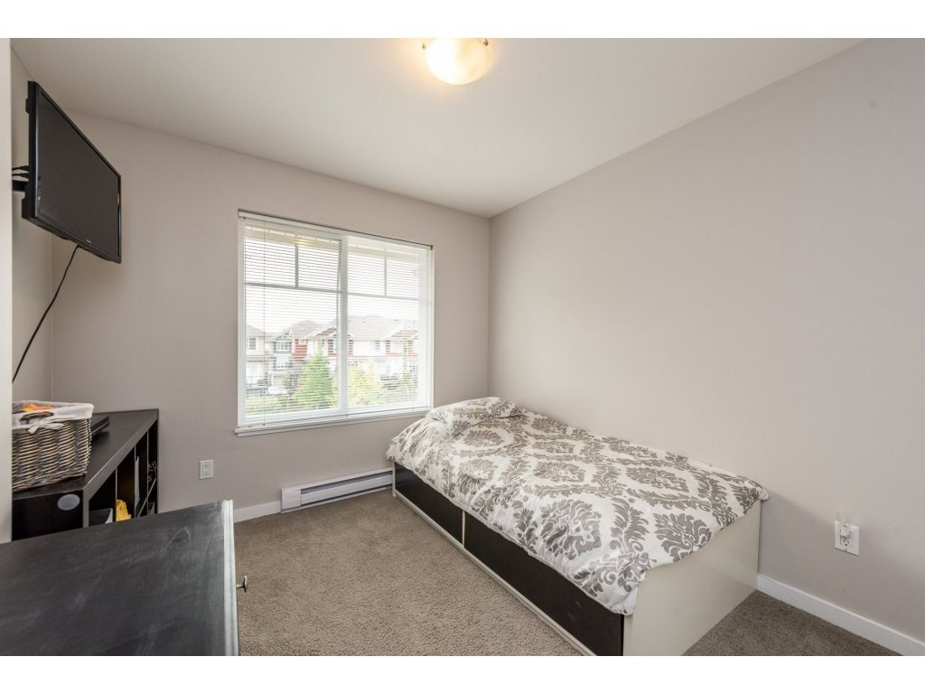 """Photo 16: Photos: 25 6956 193 Street in Surrey: Clayton Townhouse for sale in """"Edge"""" (Cloverdale)  : MLS®# R2194884"""
