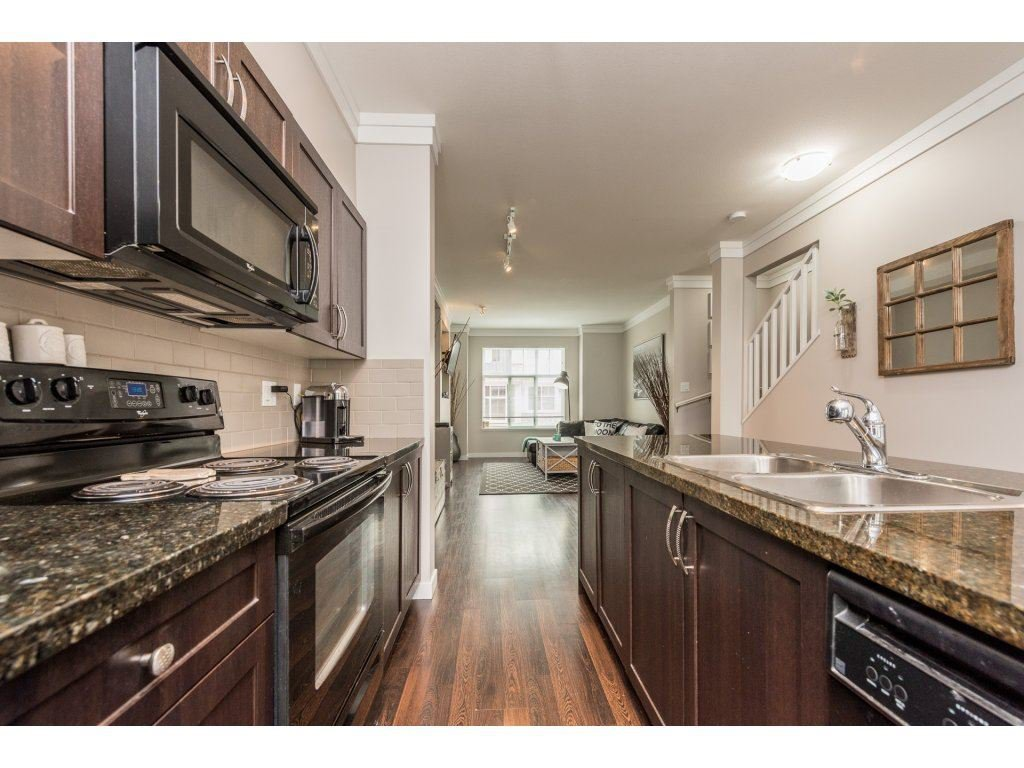 """Photo 9: Photos: 25 6956 193 Street in Surrey: Clayton Townhouse for sale in """"Edge"""" (Cloverdale)  : MLS®# R2194884"""