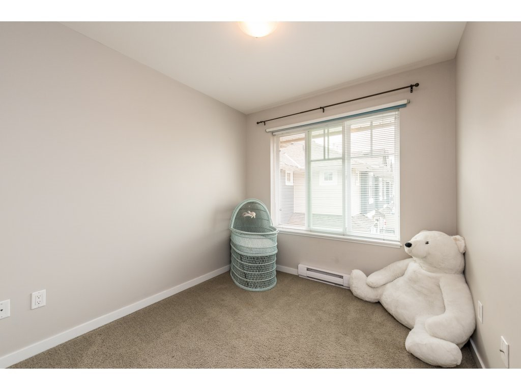 """Photo 17: Photos: 25 6956 193 Street in Surrey: Clayton Townhouse for sale in """"Edge"""" (Cloverdale)  : MLS®# R2194884"""
