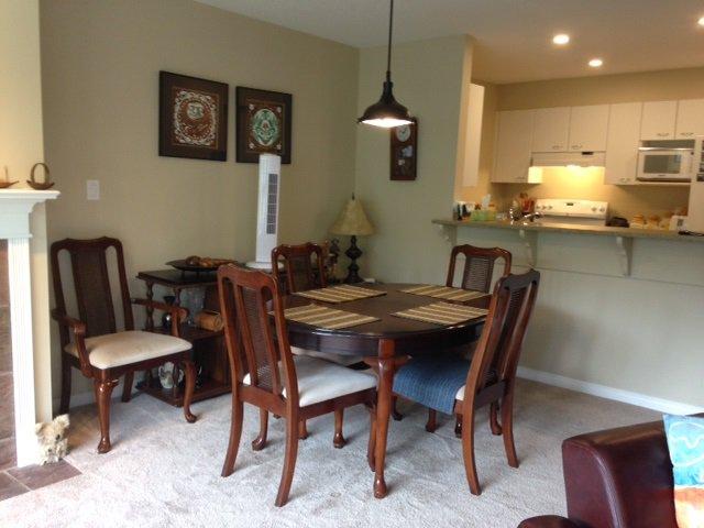 Photo 3: Photos: 302 5855 COWRIE Street in Sechelt: Sechelt District Condo for sale (Sunshine Coast)  : MLS®# R2196290