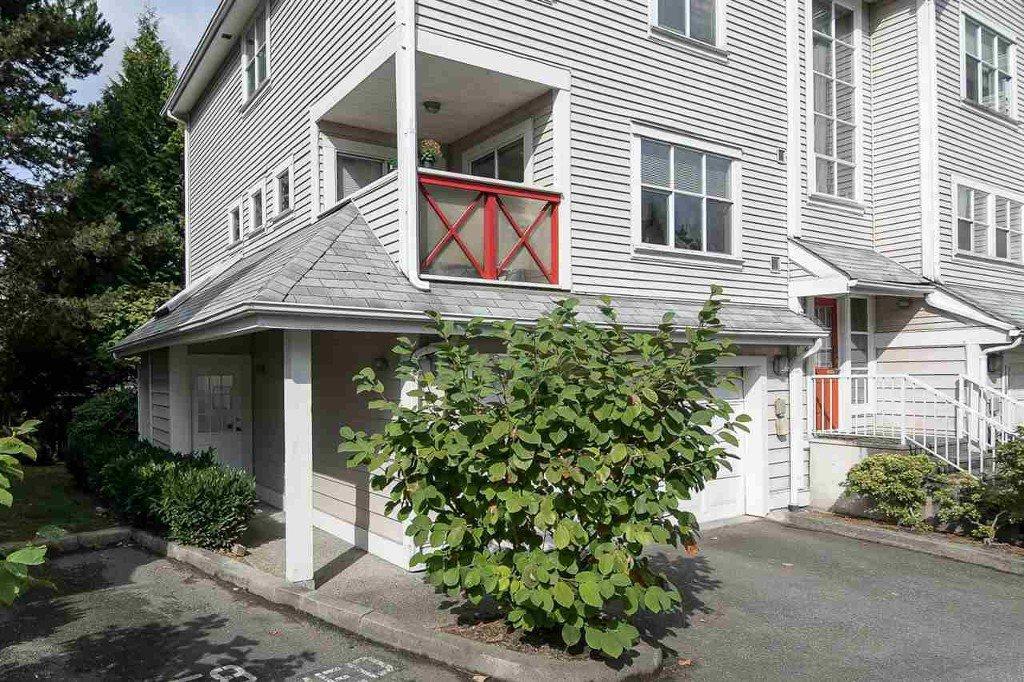 Main Photo: #111 2450 Hawthorne in Port Coquitlam: Condo for sale : MLS®# R2213716