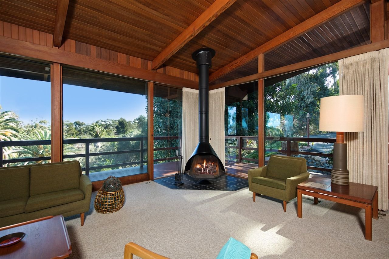 Main Photo: MOUNT HELIX House for sale : 5 bedrooms : 10088 Sierra Vista Ave. in La Mesa