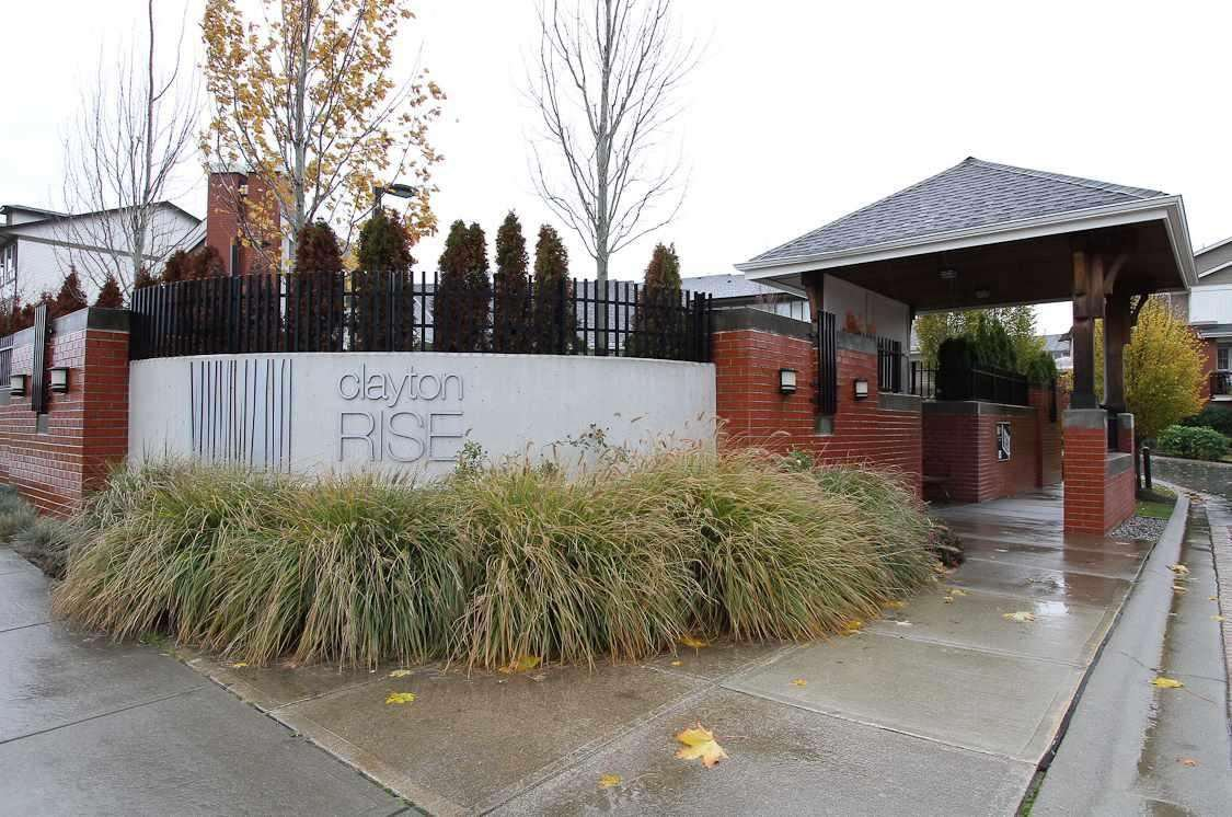 """Photo 2: Photos: 21 19505 68A Avenue in Surrey: Clayton Townhouse for sale in """"Clayton Rise"""" (Cloverdale)  : MLS®# R2280996"""