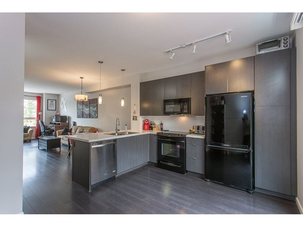 """Photo 9: Photos: 21 19505 68A Avenue in Surrey: Clayton Townhouse for sale in """"Clayton Rise"""" (Cloverdale)  : MLS®# R2280996"""
