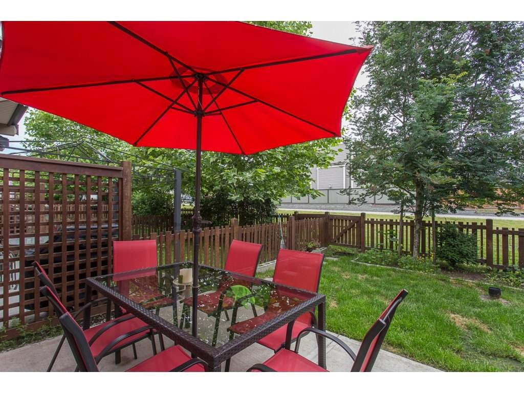 """Photo 7: Photos: 21 19505 68A Avenue in Surrey: Clayton Townhouse for sale in """"Clayton Rise"""" (Cloverdale)  : MLS®# R2280996"""