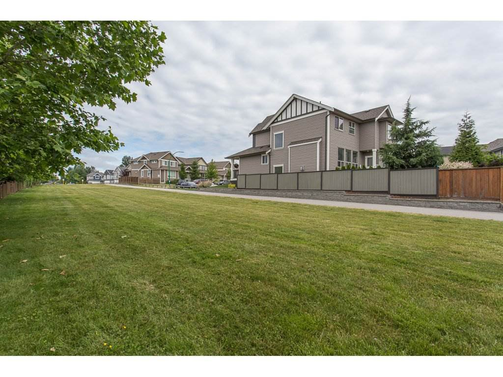 """Photo 6: Photos: 21 19505 68A Avenue in Surrey: Clayton Townhouse for sale in """"Clayton Rise"""" (Cloverdale)  : MLS®# R2280996"""