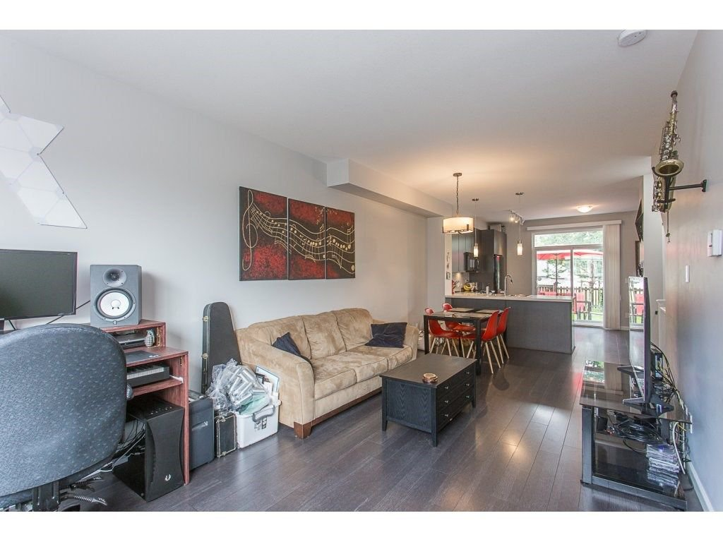 """Photo 15: Photos: 21 19505 68A Avenue in Surrey: Clayton Townhouse for sale in """"Clayton Rise"""" (Cloverdale)  : MLS®# R2280996"""
