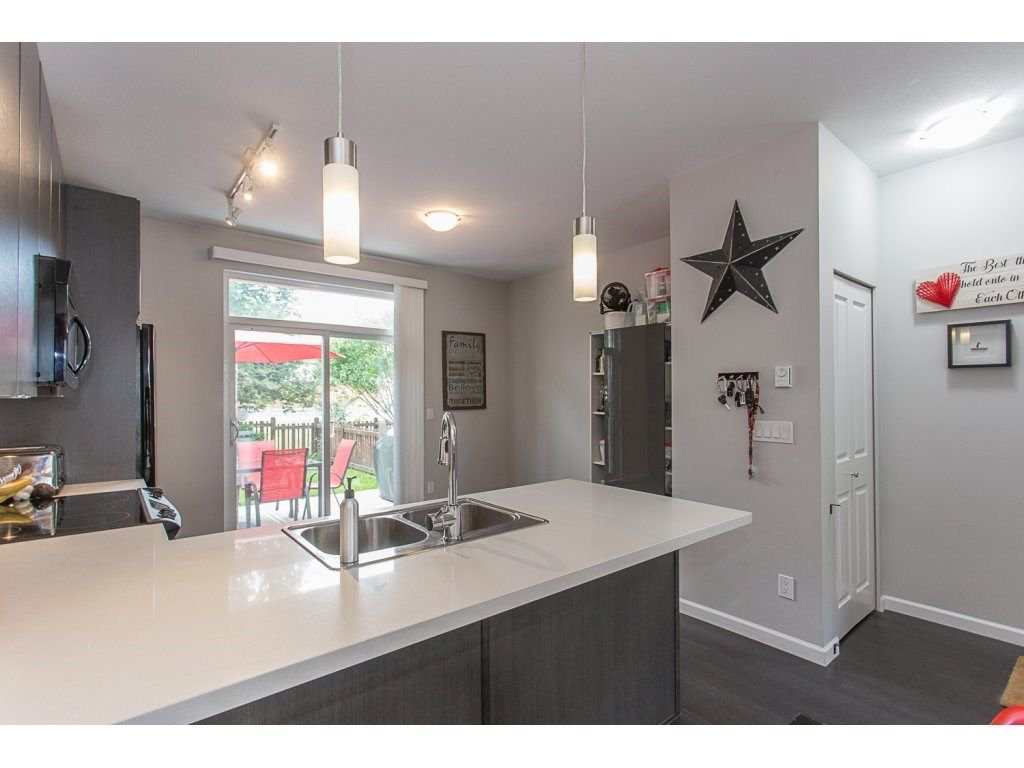 """Photo 11: Photos: 21 19505 68A Avenue in Surrey: Clayton Townhouse for sale in """"Clayton Rise"""" (Cloverdale)  : MLS®# R2280996"""