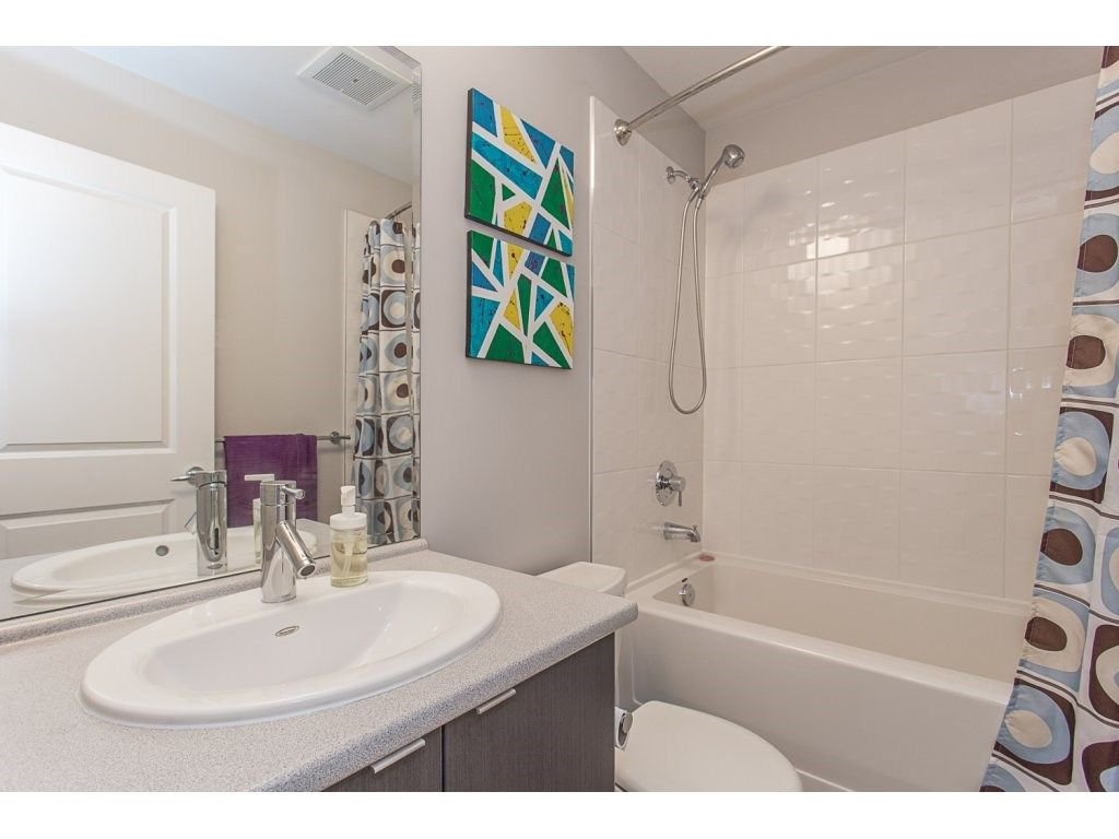 """Photo 20: Photos: 21 19505 68A Avenue in Surrey: Clayton Townhouse for sale in """"Clayton Rise"""" (Cloverdale)  : MLS®# R2280996"""