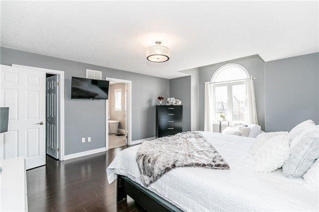Photo 13: Photos: 54 Stevenson Street in Essa: Angus House (2-Storey) for sale : MLS®# N4240310