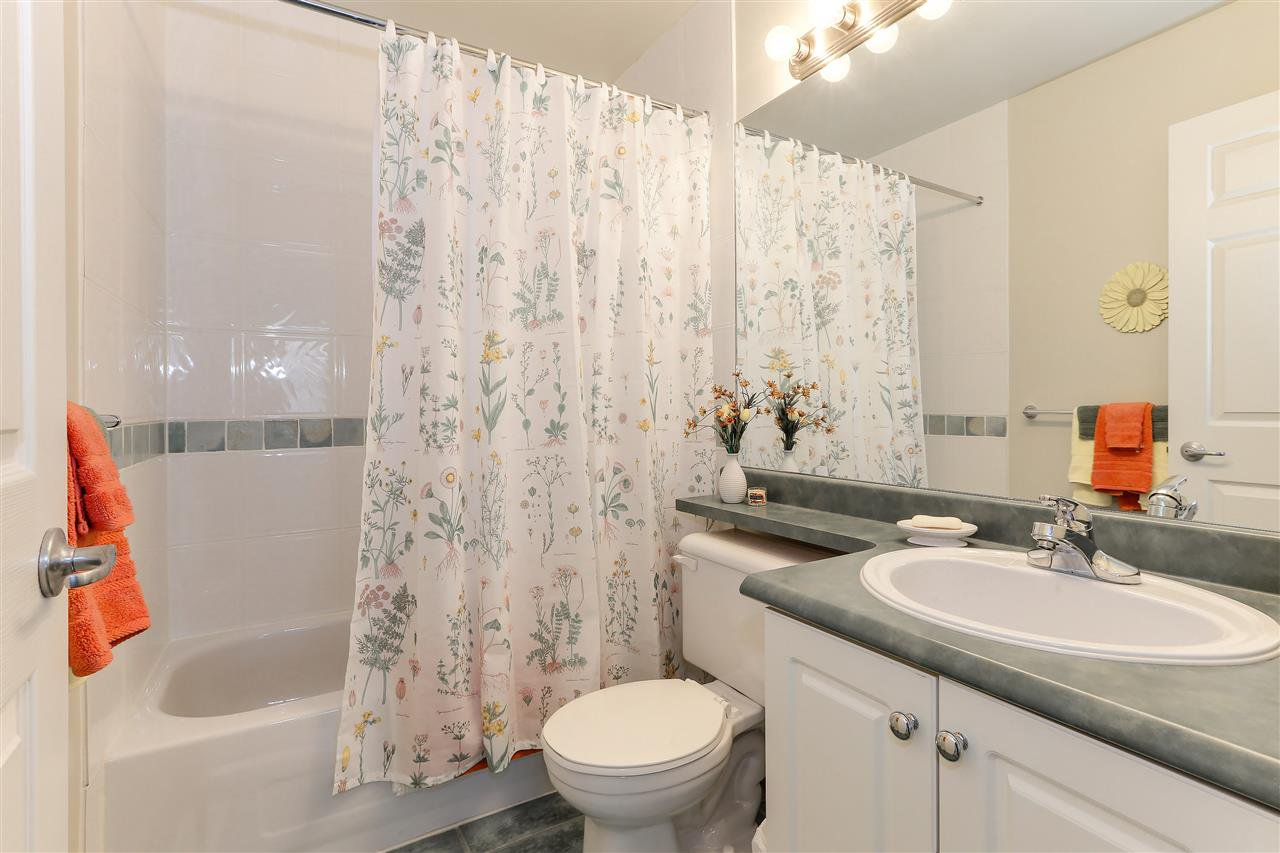 """Photo 16: Photos: 12 241 PARKSIDE Drive in Port Moody: Heritage Mountain Townhouse for sale in """"PINEHURST"""" : MLS®# R2361152"""
