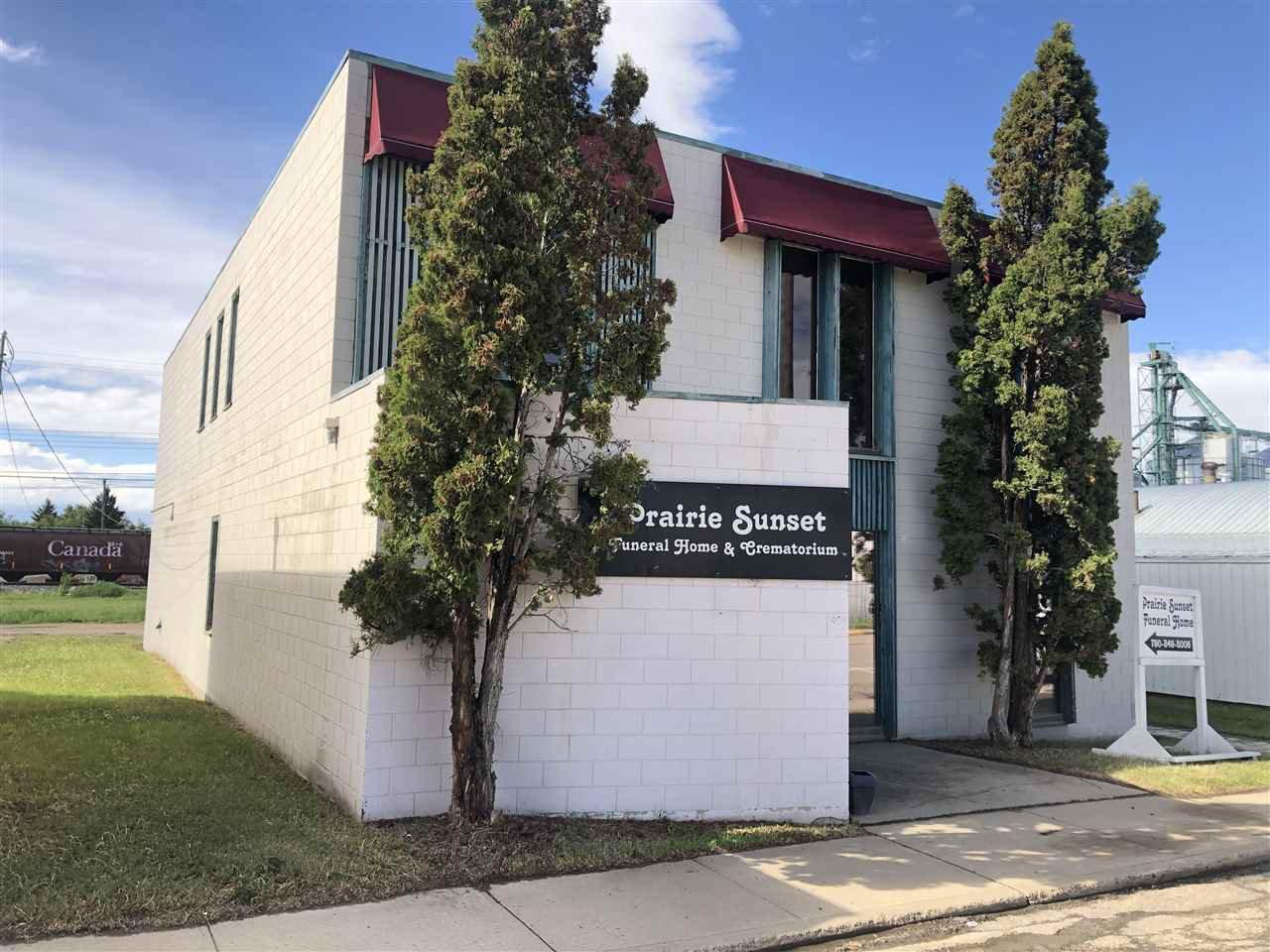 Main Photo: 9936 107 Street: Westlock Office for sale : MLS®# E4159986
