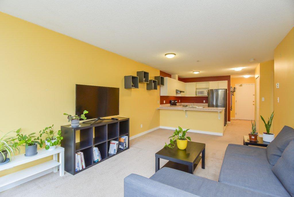"""Main Photo: 205 12160 80TH Avenue in Surrey: West Newton Condo for sale in """"La Costa Green"""" : MLS®# R2508776"""