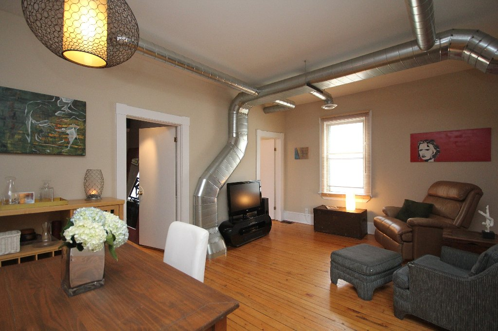Photo 10: Photos: 44 Garland Street in Ottawa: Hintonburg Residential for sale ()  : MLS®# 829667