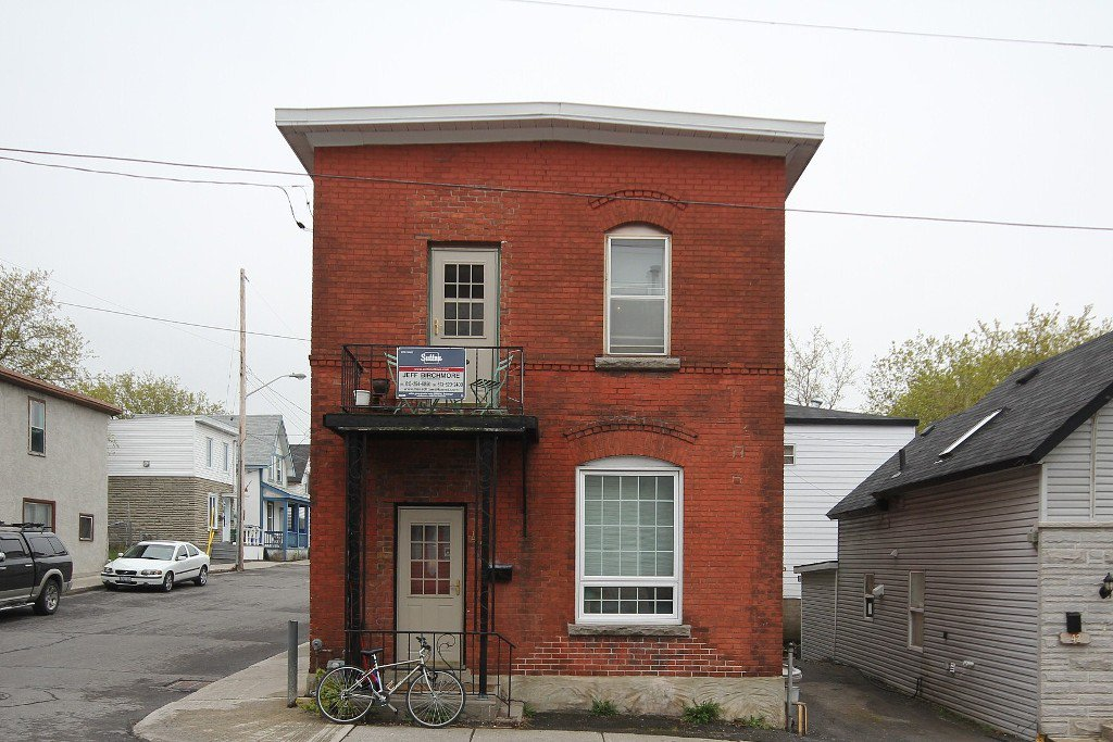 Photo 2: Photos: 44 Garland Street in Ottawa: Hintonburg Residential for sale ()  : MLS®# 829667
