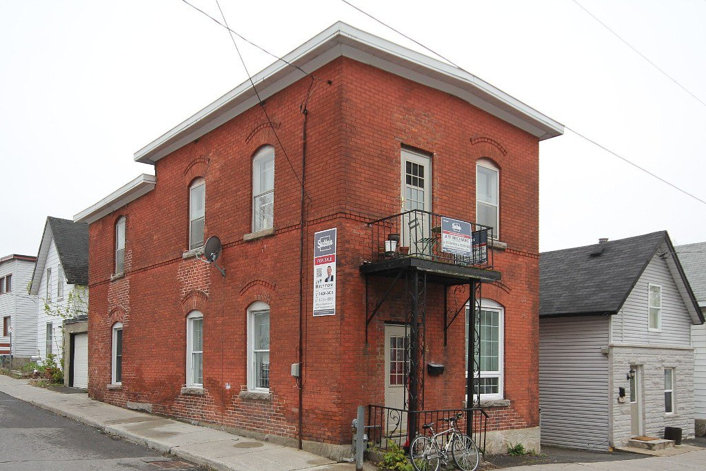 Main Photo: 44 Garland Street in Ottawa: Hintonburg Residential for sale ()  : MLS®# 829667