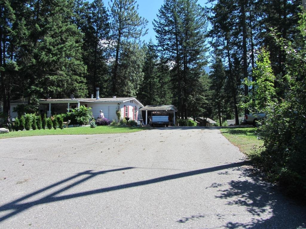 Photo 2: Photos: Mobile Home Park - North Okanagan: Commercial for sale