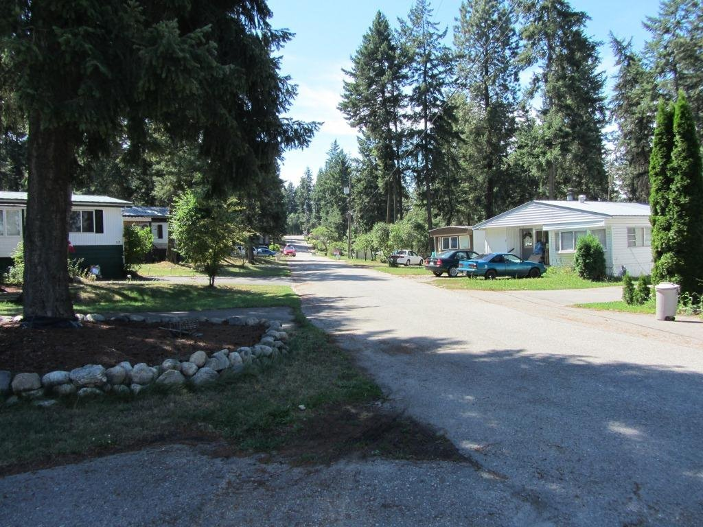 Photo 5: Photos: Mobile Home Park - North Okanagan: Commercial for sale