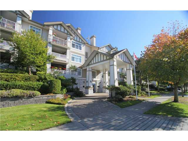 Main Photo: 104 4770 52A Street in Ladner: Delta Manor Condo for sale : MLS®# V982183
