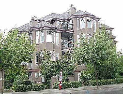 Main Photo: 202 588 12TH Street in New Westminster: Uptown NW Home for sale ()  : MLS®# V629873
