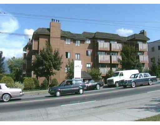 "Main Photo: 401 2215 DUNDAS ST in Vancouver: Hastings Condo for sale in ""HARBOUR REACH"" (Vancouver East)  : MLS®# V535135"