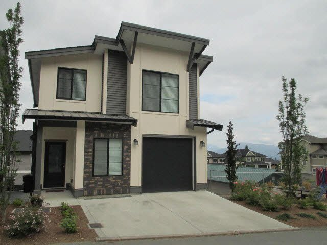 """Main Photo: 5 47042 MACFARLANE Place in Sardis: Promontory House for sale in """"SOUTH RIDGE"""" : MLS®# H2152972"""