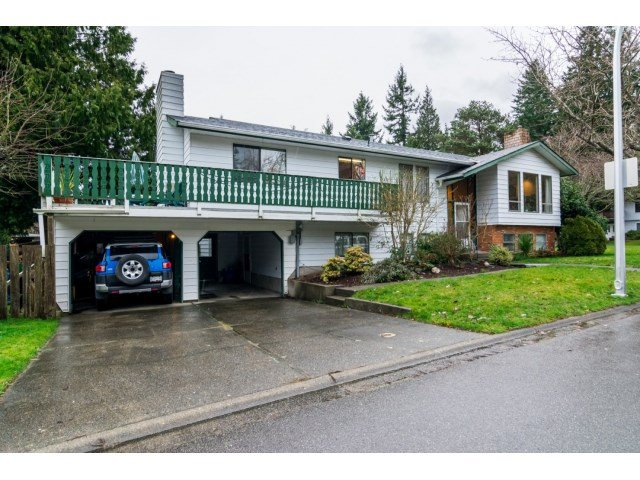 Main Photo: 12725 18A Avenue in Surrey: Crescent Bch Ocean Pk. House for sale (South Surrey White Rock)  : MLS®# R2028097
