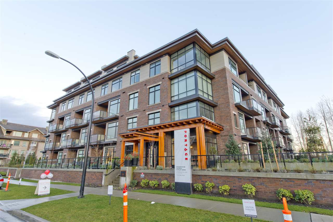 "Main Photo: 208 262 SALTER Street in New Westminster: Queensborough Condo for sale in ""QUEENSBOROUGH"" : MLS®# R2031951"