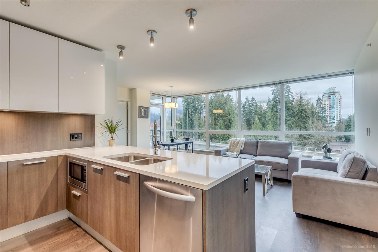"""Main Photo: 602 3007 GLEN Drive in Coquitlam: North Coquitlam Condo for sale in """"EVERGREEN"""" : MLS®# R2125173"""