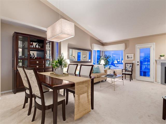 Photo 17: Photos: 68 SIERRA MORENA Green SW in Calgary: Signal Hill House for sale : MLS®# C4095788
