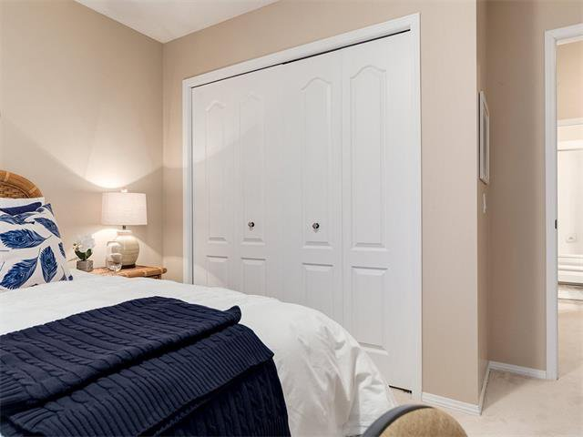 Photo 28: Photos: 68 SIERRA MORENA Green SW in Calgary: Signal Hill House for sale : MLS®# C4095788