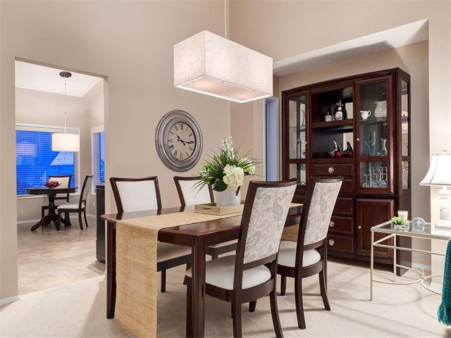 Photo 18: Photos: 68 SIERRA MORENA Green SW in Calgary: Signal Hill House for sale : MLS®# C4095788