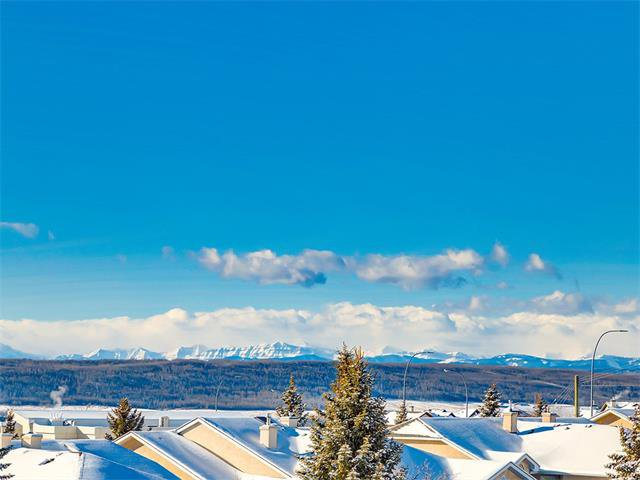 Photo 20: Photos: 68 SIERRA MORENA Green SW in Calgary: Signal Hill House for sale : MLS®# C4095788