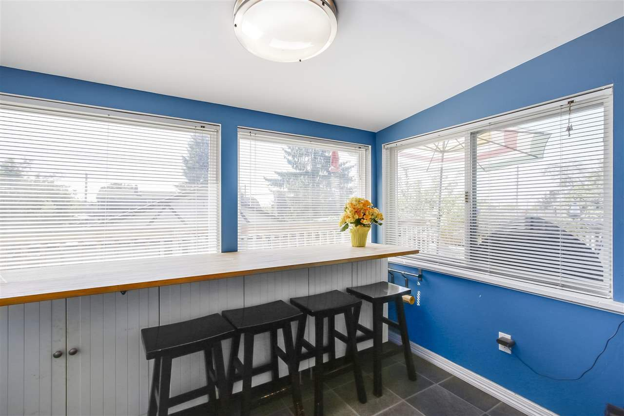 """Photo 8: Photos: 1810 TENTH Avenue in New Westminster: West End NW House for sale in """"West End"""" : MLS®# R2179683"""