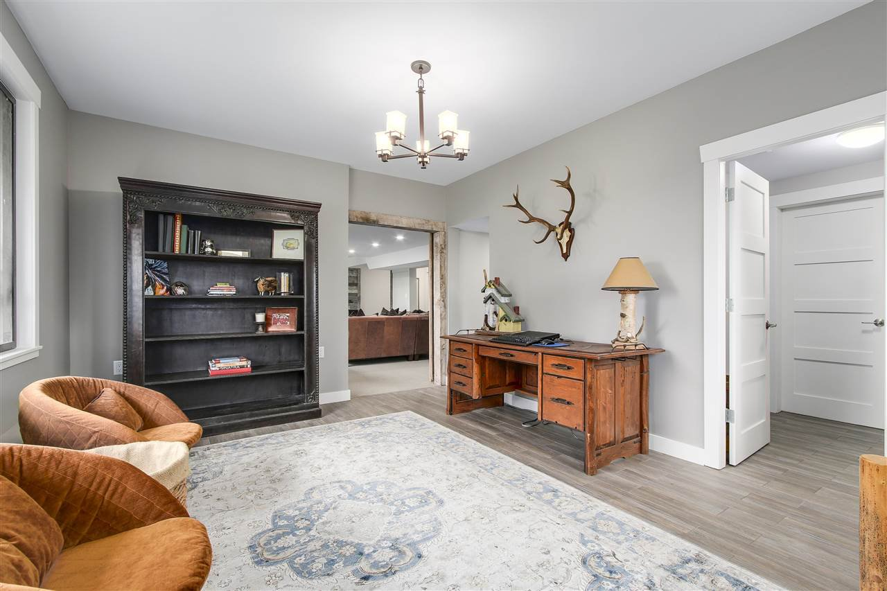 """Photo 16: Photos: 21318 32 Avenue in Langley: Brookswood Langley House for sale in """"Brookswood"""" : MLS®# R2181634"""