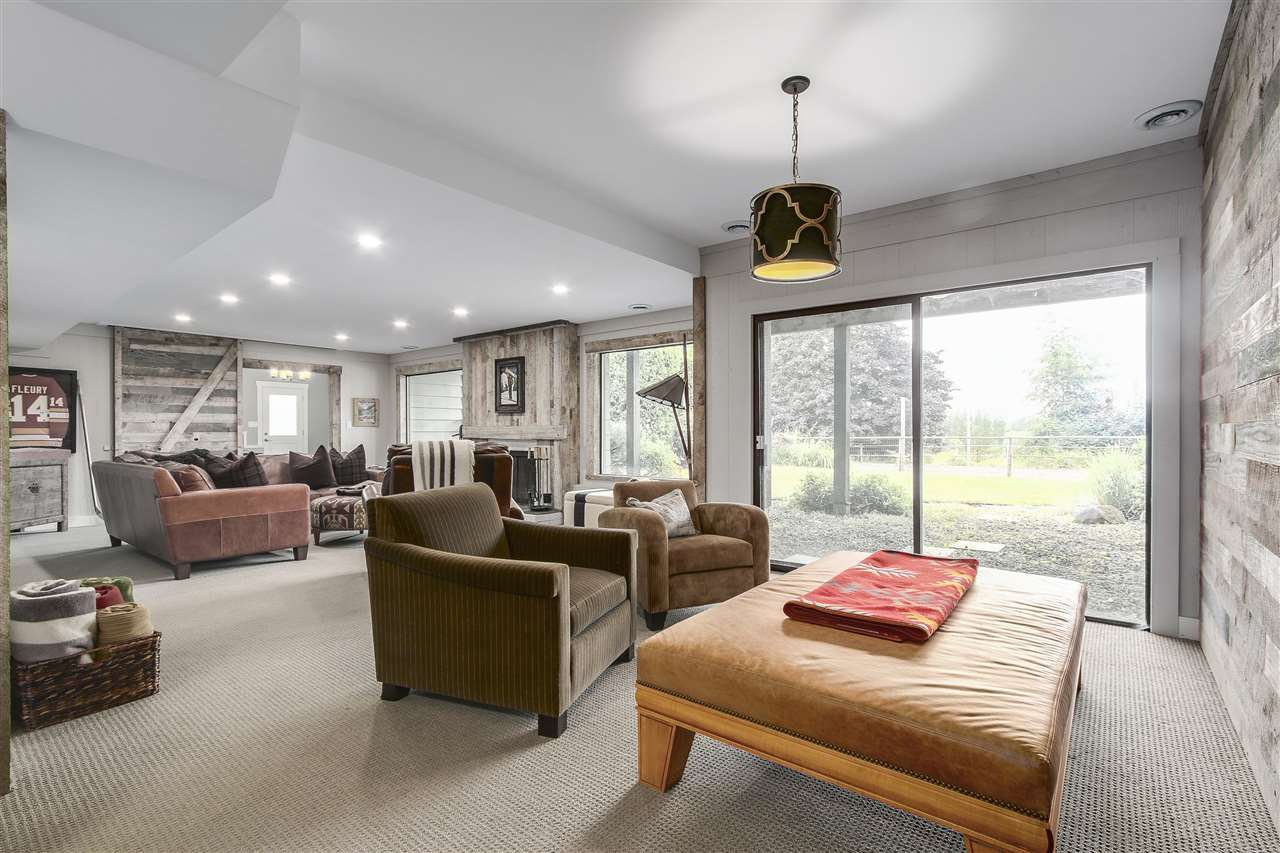 """Photo 14: Photos: 21318 32 Avenue in Langley: Brookswood Langley House for sale in """"Brookswood"""" : MLS®# R2181634"""
