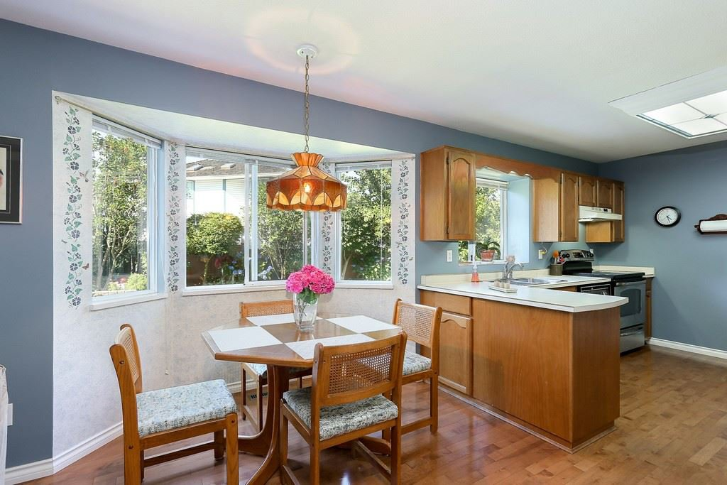 "Photo 8: Photos: 2339 KENSINGTON Crescent in Port Coquitlam: Citadel PQ House for sale in ""CITADEL HEIGHTS"" : MLS®# R2192345"